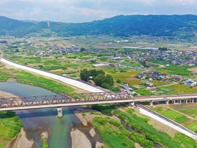 塩崎及び横田護岸災害復旧工事が竣工しました